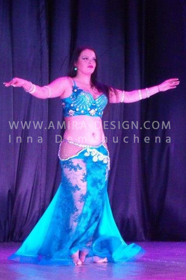 Professional bellydance costume (classic 4a)