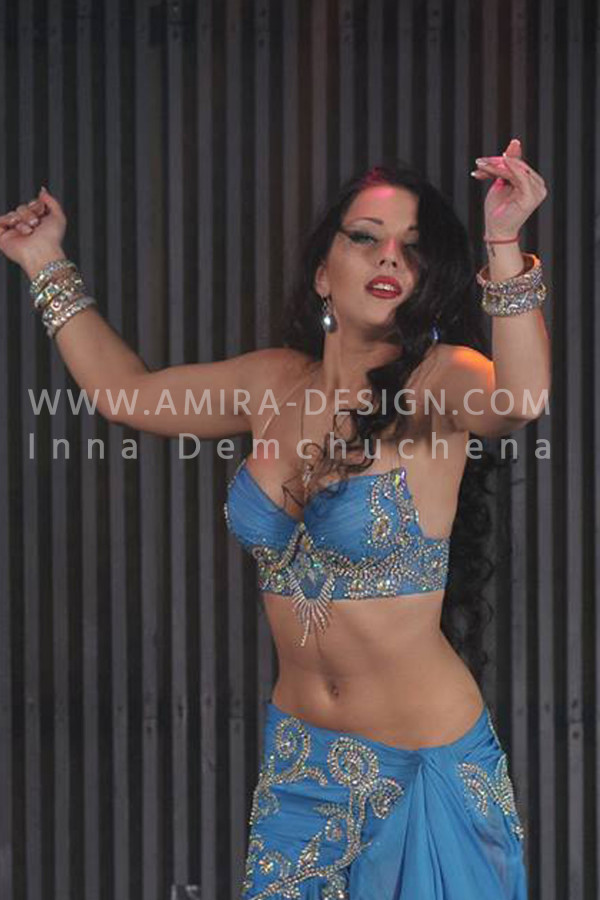 Professional bellydance costume (classic 51a)
