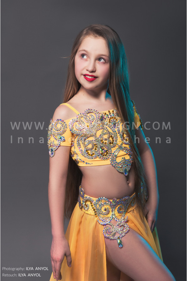 Professional bellydance costume (classic 22 с-used)